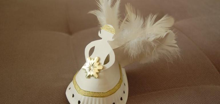 Aniołek z papierowego talerzyka